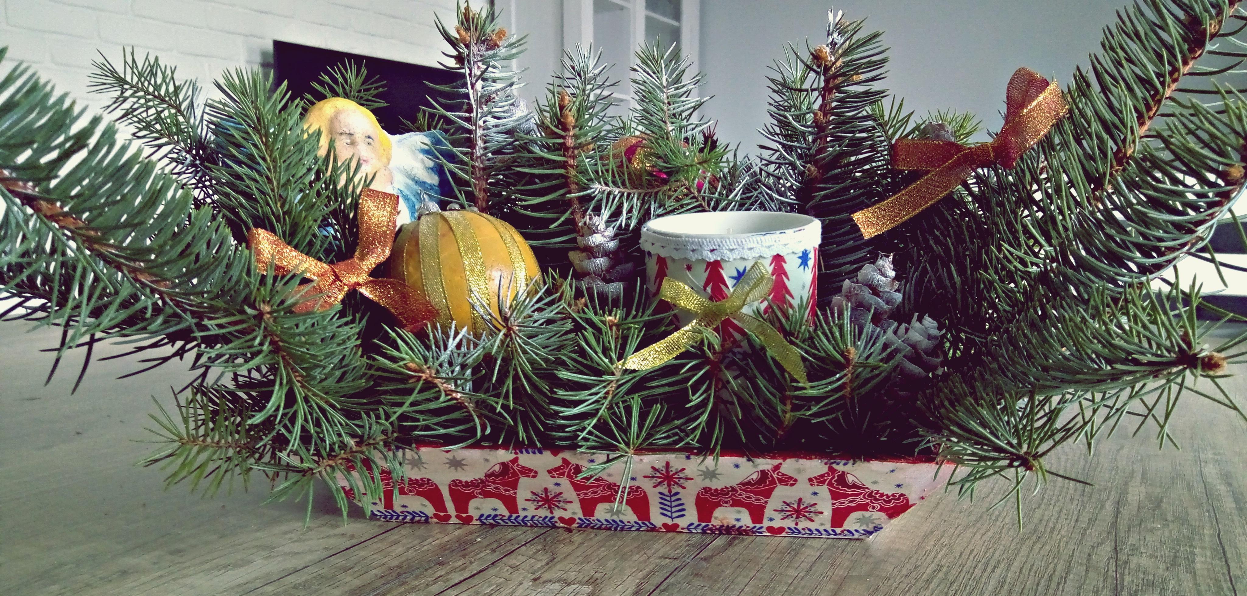 jak zrobić stroik świąteczny na święta